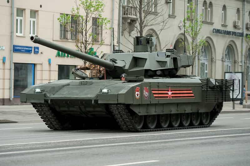 現在の最強戦車T-14アルマータ