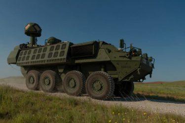 """レーザー兵器を搭載したストライカー装甲車""""DE M-SHORAD"""""""